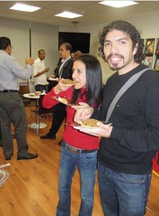 Visitantes en el homenaje a Carlos Fuentes en el marco de las Fiestas Patrias