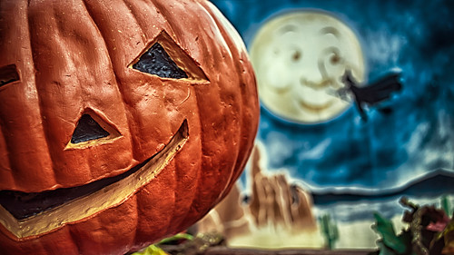 Pumpkin Patch Paranoia by hbmike2000