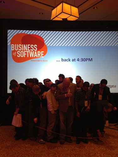 31 ppl in paper chain #bos2012 Winning Team