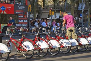 Catalonia Square 在 扩展区 附近 的形象. barcelona plaza city españa bike square spain bicicleta cano catalonia bici 5d tomas rent cataluña alquiler fano bicing