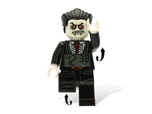 5001353 Monster Fighters Lord Vampyre Minifigure Clock