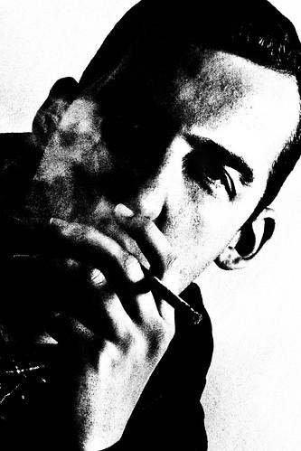 [フリー画像素材] 人物, 男性, 煙草・タバコ, モノクロ ID:201210090400