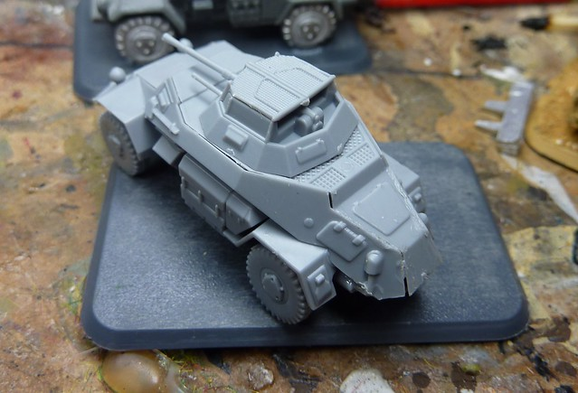 review zvezda sdkfz 222 2cm armoured car by lee parnel mighty miniatures. Black Bedroom Furniture Sets. Home Design Ideas