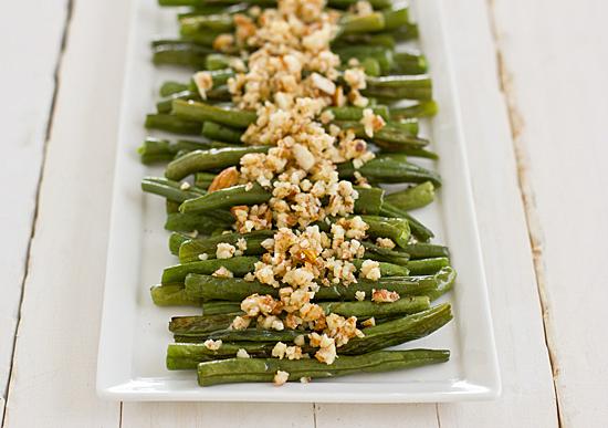 green_beans_with_lemon_almond_pesto