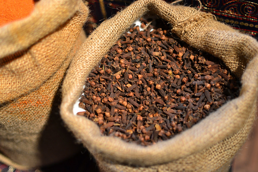 cloves ground, spices