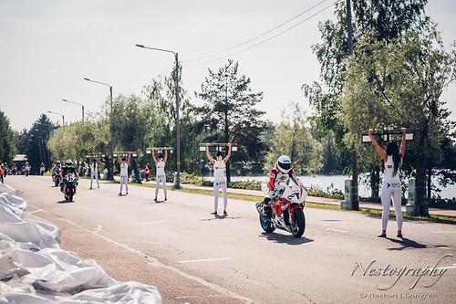 Российские пилоты приняли участие уличных гонках в Иматра