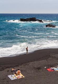 صورة Playa los Cancajos. persona mar canarias lapalma gente playa breñabaja españa es
