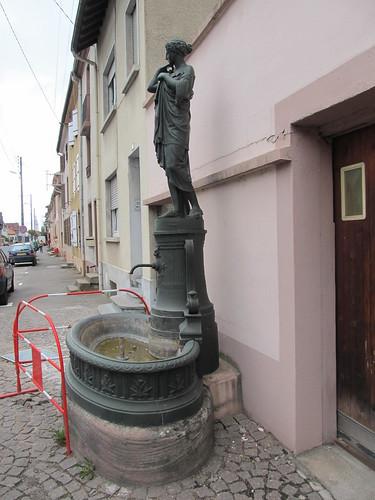 fontaine et monument raon l'etape 097