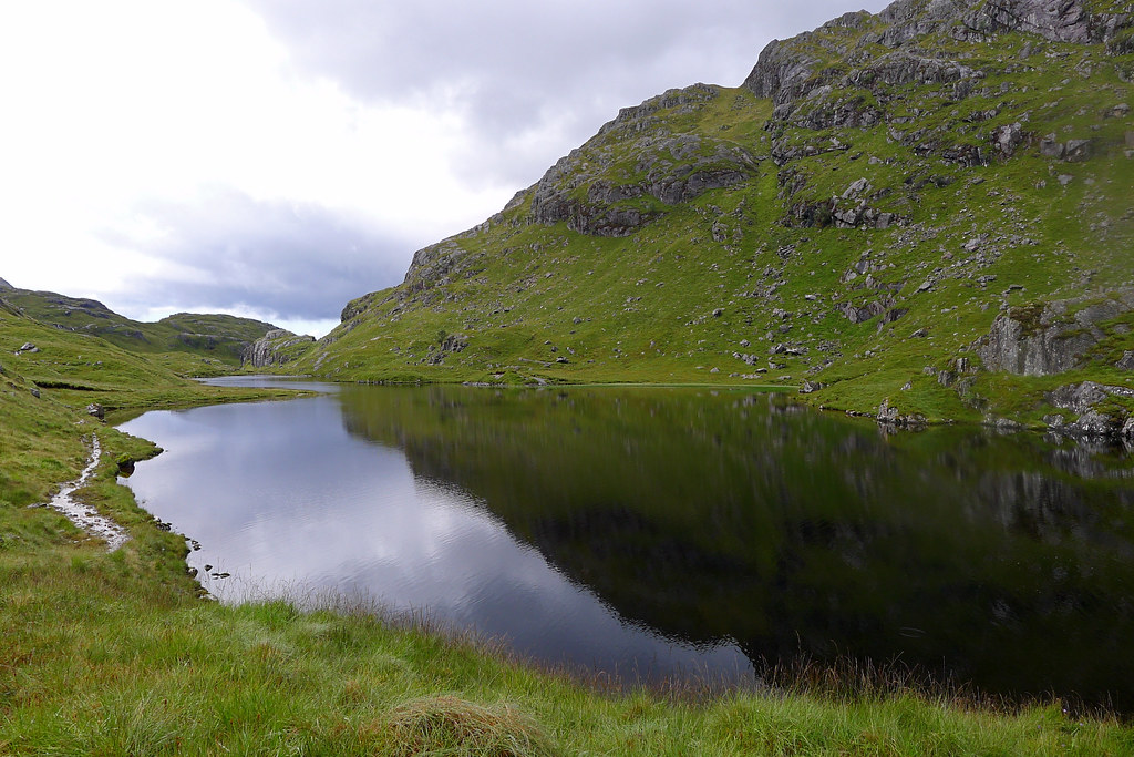 Lochan on the Mam na Cloich Airde