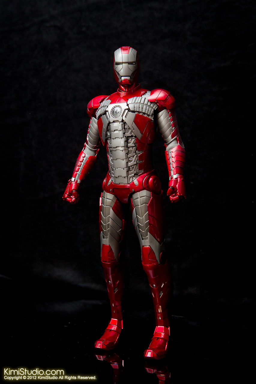 2012.09.01 Hot Toys Iron Man Mark V-005