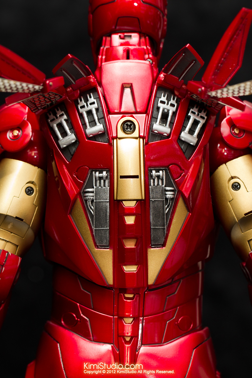 2012.09.01 Hot Toys Iron Man Mark VI-021