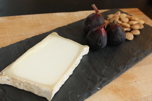 Leonora with Fresh Figs and Marcona Almonds