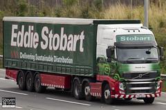 Volvo FH 6x2 Tractor - PX10 DLD - Pamela Ann - Green & Red - Eddie Stobart - M1 J10 Luton - Steven Gray - IMG_6057