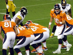 Manning calling plays, Broncos vs Steelers 2012