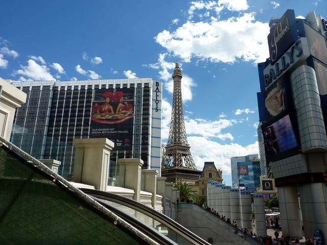 Las Vegas by flickr user smemon