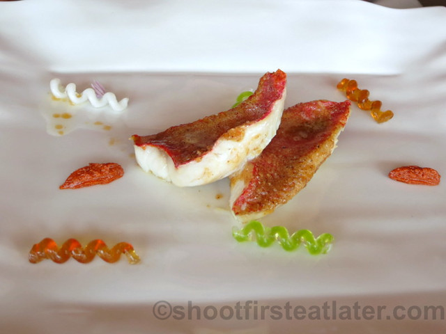 Akelare's Aranori menu - whole-grain red mullet with sauce 'fusili'