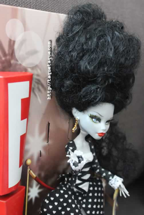 Megan Byte, la profesora de Byteology del Instituto Monster High (Ghoulia Yelps customizada)