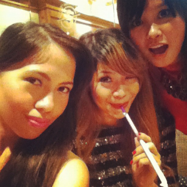 At Coffee Bean Greenbelt with @iamthedoll @purpledamaris  love this girls