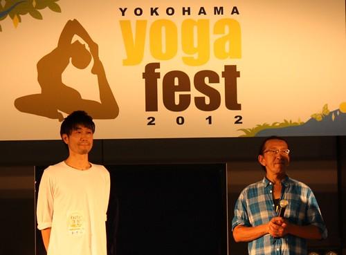 yogafest2012-1