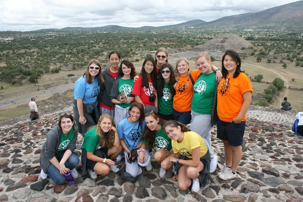 Piedmont East Bay Children's Choir at the pyramids of Teotihuacan
