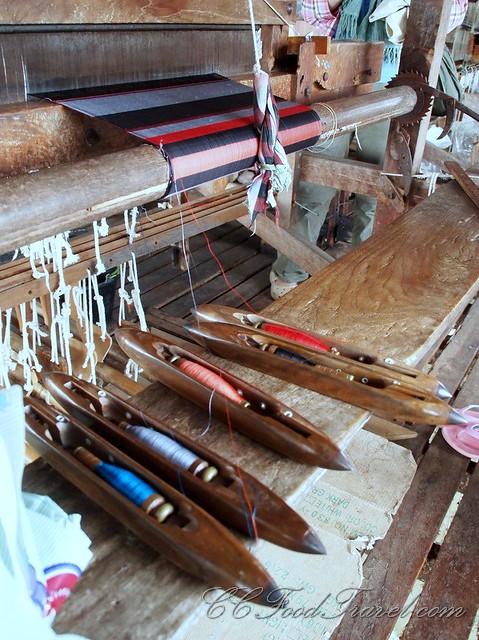 Silk yarn for a cloth