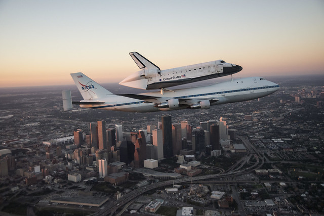 Endeavour Ferried By SCA Over Downtown Houston Skyline (jsc2012e216923)