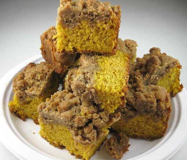 NY Style Pumpkin Crumb Cake