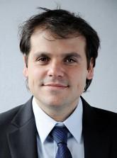 Maximiliano González Kunz, Grupo Núcleo