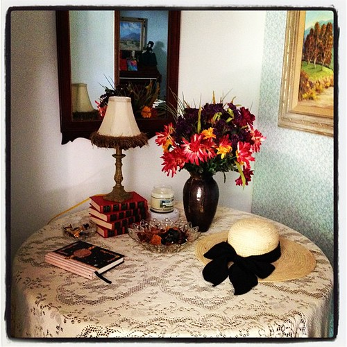 Entry table dressed for fall
