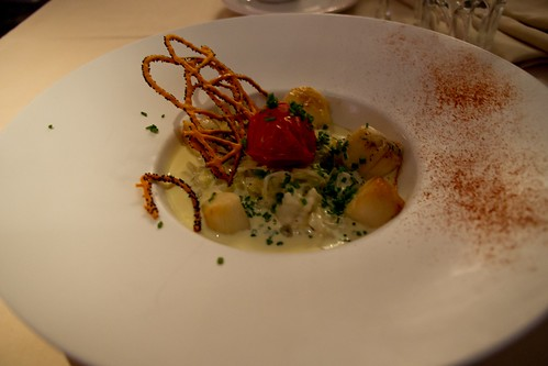 Pan-fried scallops with Champagne sauce @ Auberge de Cendrillon