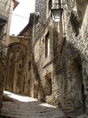 Spoleto perugia la citt dei due mondi - Un importante organizzazione con sede al cairo ...