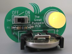 Pumpkin PCB with Flickering LED