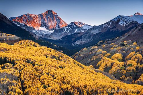 autumn sunset mountain color fall colorado peak foliage capitol aspen