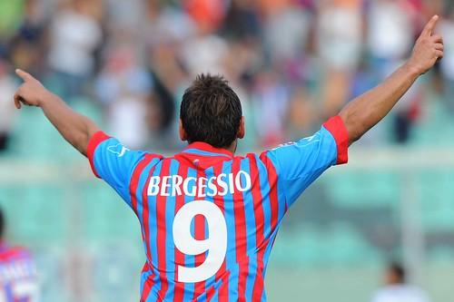 Calcio, Catania: Bergessio e Salifu in gruppo$