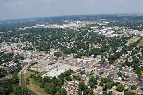Loves Park, IL (by: steeleman204, creative commons)