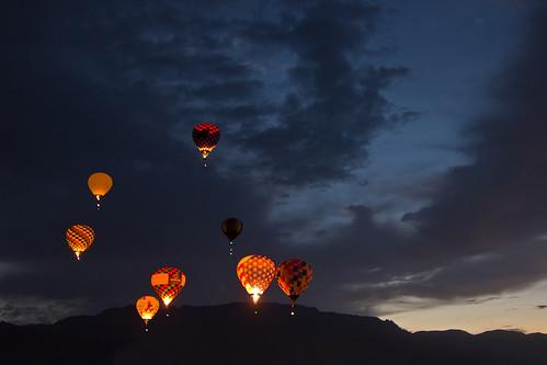 morning mountains hot clouds sunrise dawn glow fiesta air balloon albuquerque international patrol 2012