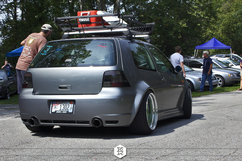 silverstone vw mk4 golft gti r32 roof rack bbs rs 3pc wheels static airride low slammed coilovers stance stanced hellaflush poke tuck negative postive camber fitment fitted tire stretch laid out hard parked seen on klutch republik at midwest volksfest 2012