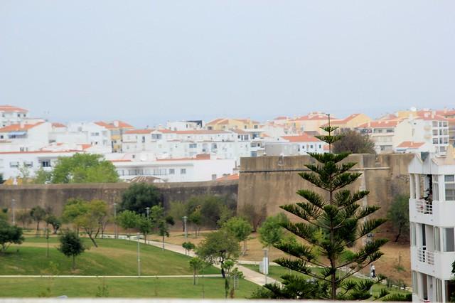 Lagos e cintura verde flickr photo sharing for Carlos house lagos