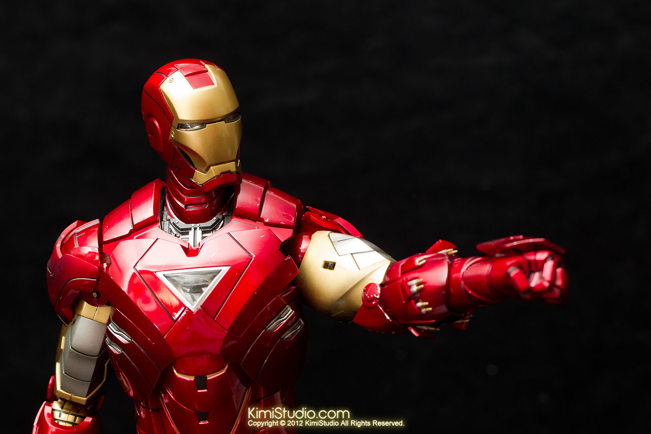 2012.09.01 Hot Toys Iron Man Mark VI-027