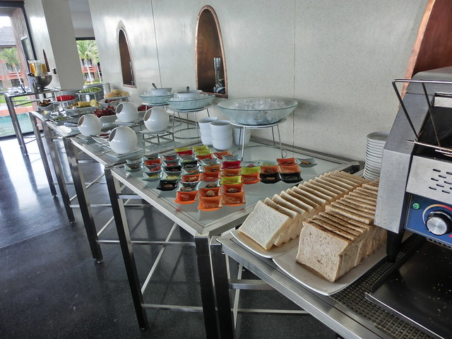 Restaurant H Bistro at Hansar Samui