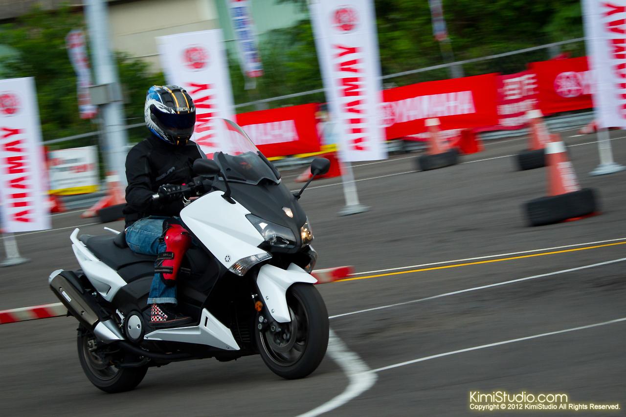 2012.09.01 T-MAX 530-021