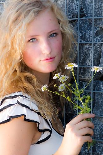 無料写真素材, 人物, 女性, 女性  金髪・ブロンド, 人物  花・植物