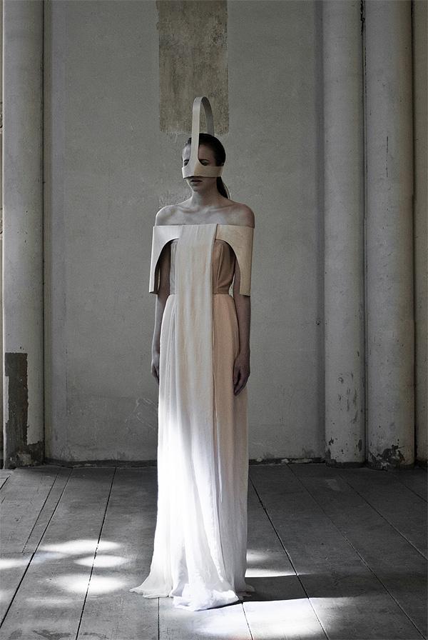 External_Body_Fashion_Collection_Emilia_Tikka_afflante_4