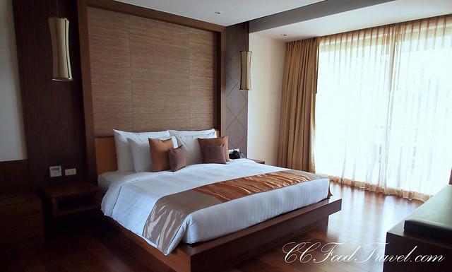sea view pool suite 2 bedroom master bedroom