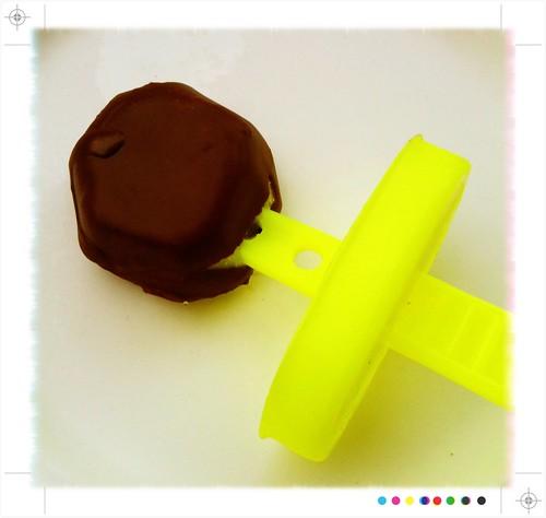 Kiwi-chocolate icecream