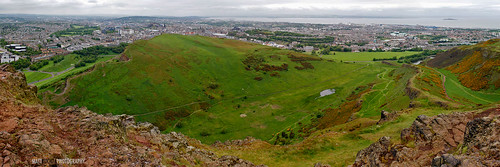 EdinburghPano-ArthursSeat