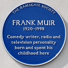 Photo of Frank Muir blue plaque