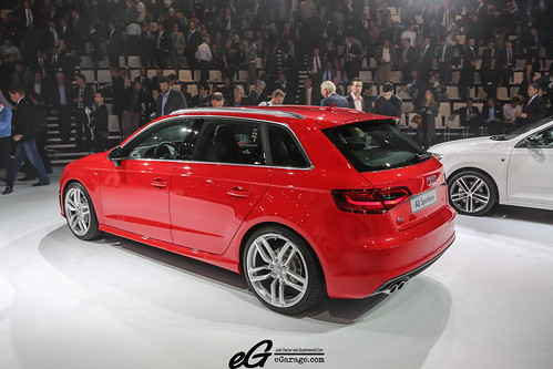 8030378534 be616068f7 2012 Paris Motor Show