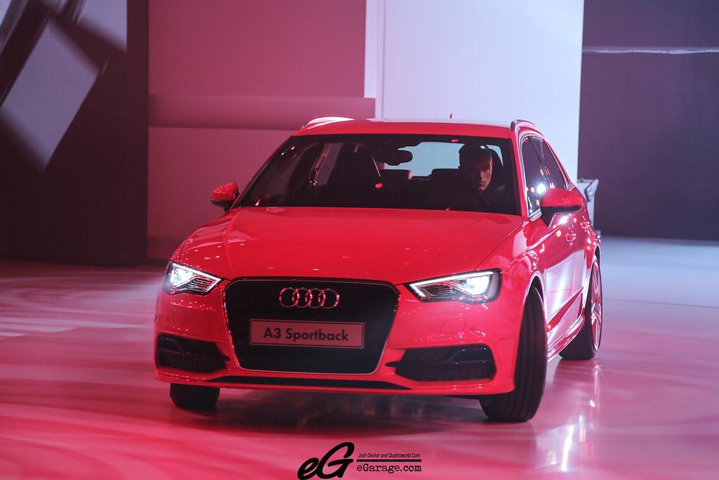 8030387448 07642765b9 b 2012 Paris Motor Show