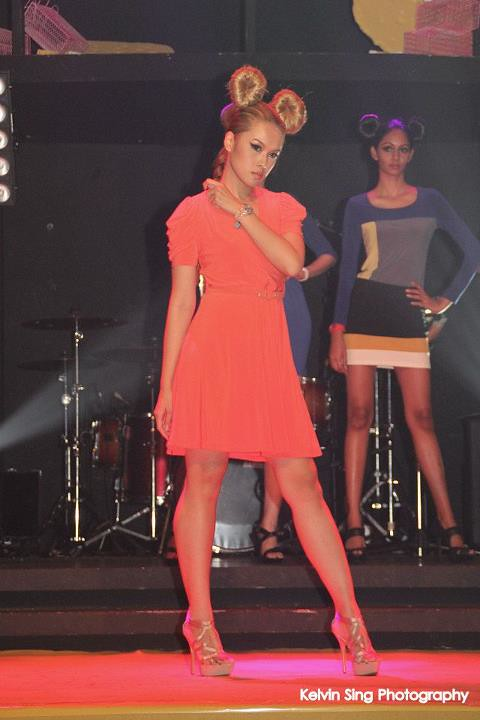 key ng orange dress